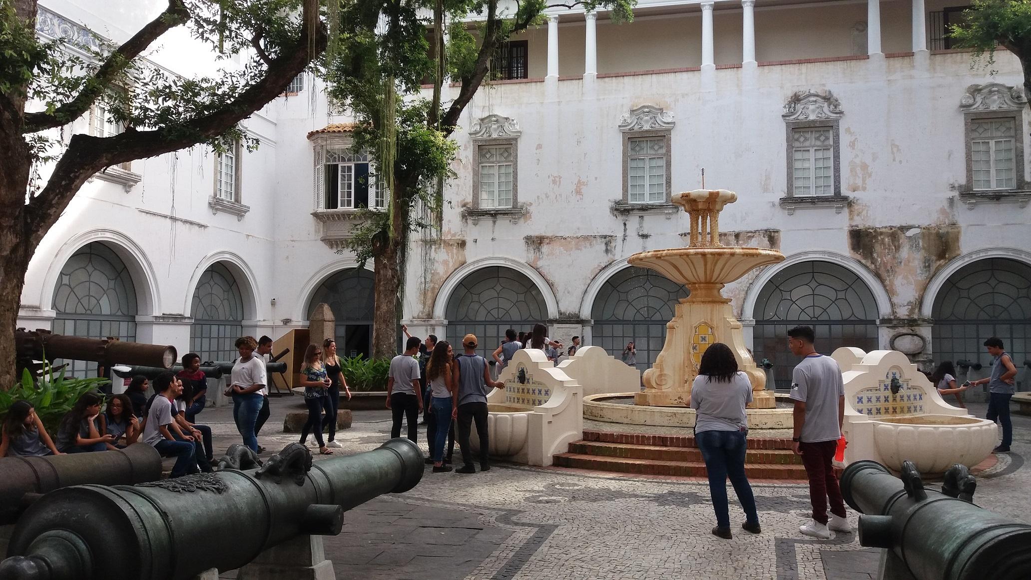 O pátio dos Canhões do Museu Histórico Nacional