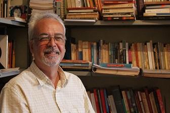 O pesquisador Álvaro Marins integra a equipe do Núcleo de Pesquisa do MHN