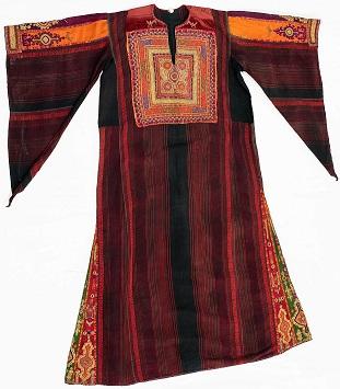Túnica israelense: exemplar de traje da coleção Sophia Jobim